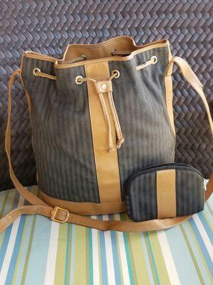 Old vintage Fendi bucket shoulder bag and coin purse set for Sale in Arlington, TX