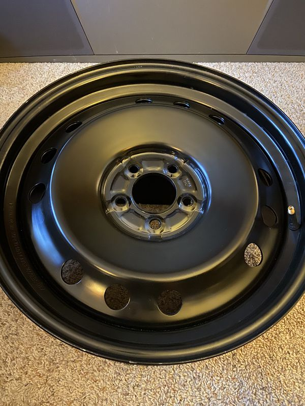 18x7.5 Replacement Tire Rim