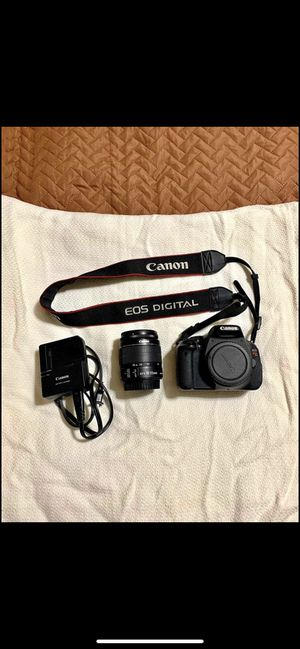 Canon t3i Rebel with lense for Sale in Buffalo, NY