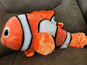 "16"" Nemo stuffed animal$8 for Sale in Menifee, CA"