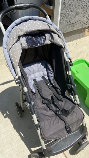 Foldable stroller for Sale in Ontario, CA
