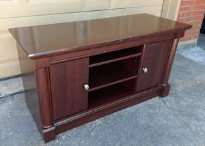 """TV Stand Cherry wood like new - 50"""" L x 19"""" W x 25"""" H - Good condition OBo for Sale in Houston, TX"""
