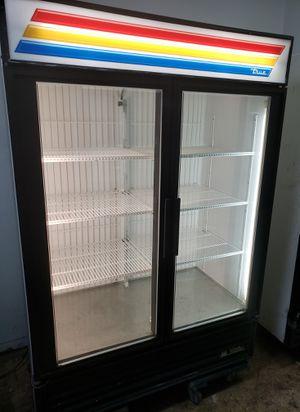 Commercial 2 door glass display cooler merchandiser reach in refrigerator for Sale in Queens, NY