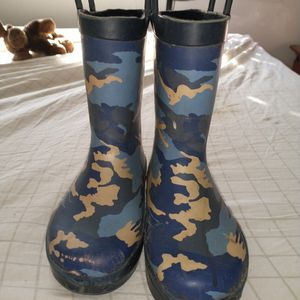 Tucker & Tate Camo Rain Boots sz 11M for Sale in Novato, CA