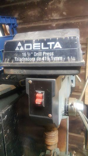 """Delta 16 1/2"""" drill press for Sale in Detroit, MI"""