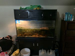 200 gallon fish tank for Sale in Murrieta, CA