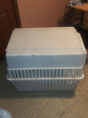large dog kennel $25 obo for Sale in Chicago, IL