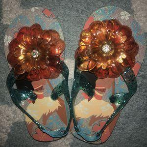 New Disney's Moana size 7/8 sandals for Sale in Boca Raton, FL