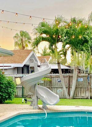 Pool slide for Sale in Dania Beach, FL