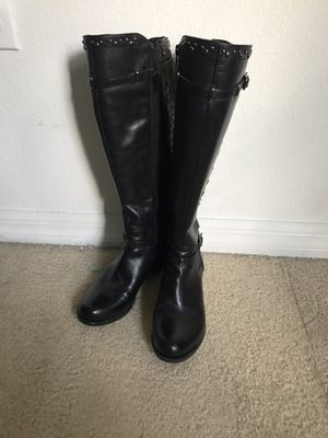 Women's leather boots for Sale in Brandon, FL