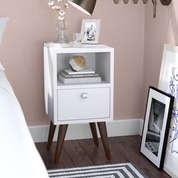 Midcentury modern white nightstand endtable (set of 2) for Sale in Orange,  CA