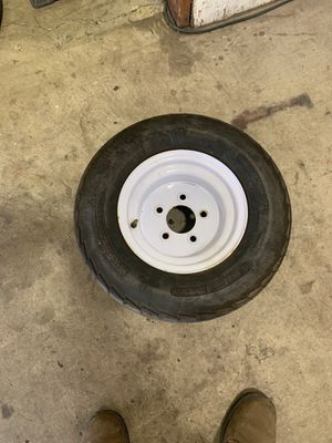 Trailer tire 20.5 x8x10 for Sale in San Diego, CA