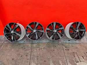 Rines para Nissan Altima 17 x7 for Sale in Los Angeles, CA