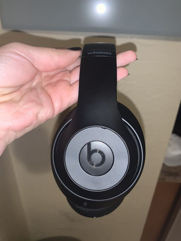 Beats by Dre 3 with Case & in Great condition