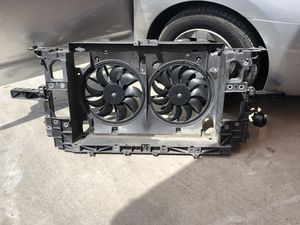 Infiniti g35 parts fan shroud for Sale in Hollywood, FL