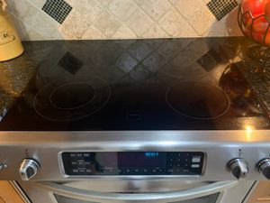 APPLIANCES KITCHEN AID WORKS FINE ICE MAKER IN NOT WORKING for Sale in Miami, FL