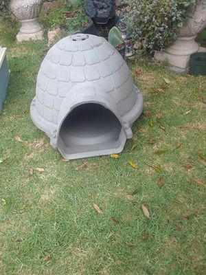 Dog houses for Sale in Salinas, CA