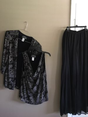 Evening suit with tags 2X for Sale in Hialeah, FL