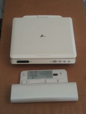 Zenith portable DVD player with 2 Movies for Sale in Queens, NY