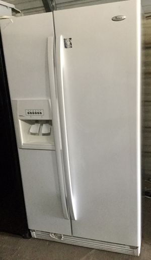 Frigidaire Whirlpool Side by Side for Sale in Houston, TX
