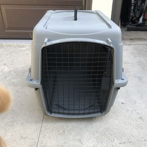 Aspen Traditional Portable Dog/Cat Kennel for Sale in Los Angeles, CA