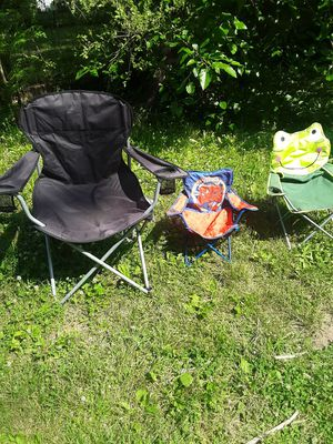 Folding chairs for Sale in Peoria, IL