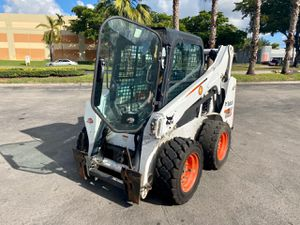 2016 BOBCAT S590 SKID STEER LOADER for Sale in Miami, FL