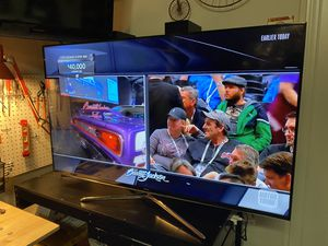Samsung 55 inch 1080p smart LED TV 120hz for Sale in Ontario, CA
