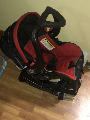Car seat and stroller combo for Sale in Fort Wayne, IN
