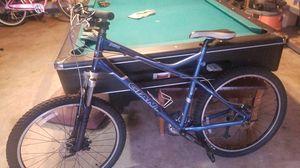 Giant mtn bike for Sale in Denver, CO