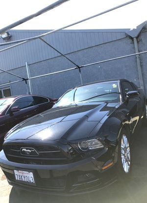 2014 MUSTANG v6 PREMIUM 2dr for Sale in Sacramento, CA