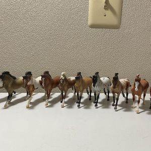 Lot of 10 G3 Cantering Warmblood breyer horses for Sale in Crofton, MD