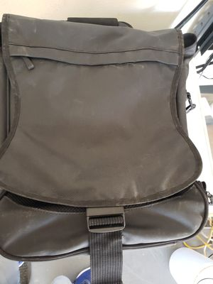In new condition laptop bag $30 for Sale in Fresno, CA