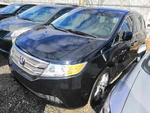 2011 Honda Odyssey mini van for Sale in Hyattsville, MD