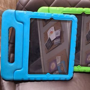 (2) 2nd Generation Ipads for Sale in Carlsbad, CA