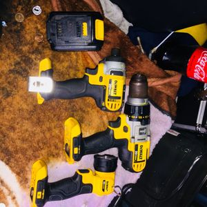 Dewalt drill & impact wrench & flashlight battery and battery charger for Sale in Pueblo, CO