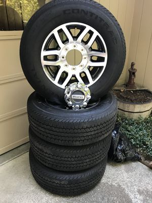 275/65r/18. Brand new wheels and tires for Sale in Bend, OR