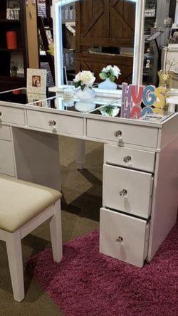 LED White Vanity for Sale in Fresno,  CA
