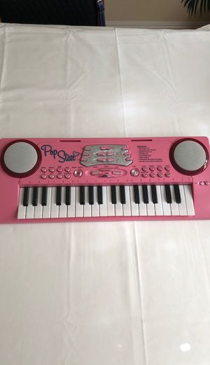 Kids 22-Keys Toy Piano/ Keyboard for Sale in La Habra Heights, CA