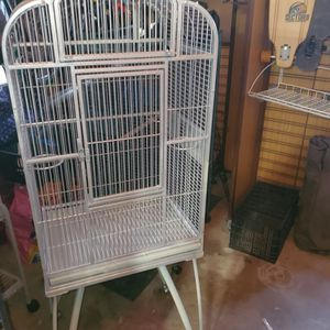 Large Bird Cage 🐦 for Sale in Columbia, MD