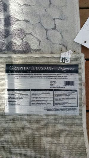 Graphic illusion collection nourison rug for Sale in Duvall, WA