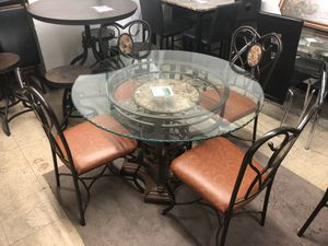 Dining table and four chairs for Sale in Baltimore, MD