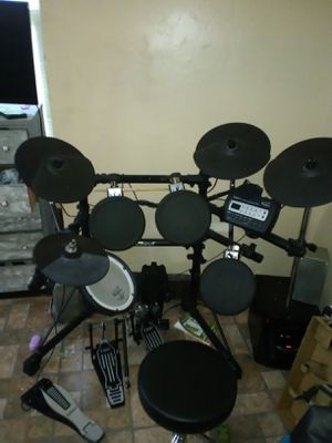 Roland v drums for Sale in Waterbury, CT