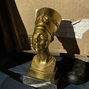 Vintage Nefertiti Bust for Sale in Queens, NY