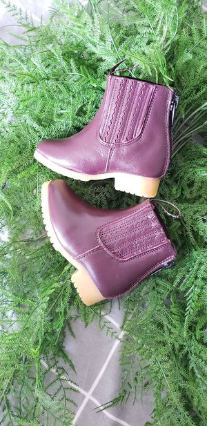 NEW Size 2 Infant leather boots Botines Bicentenario for Sale in Ventura, CA