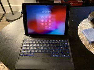 Logitech iPad Slim Combo keyboard/case for 10.5 Pro for Sale in Alexandria, VA