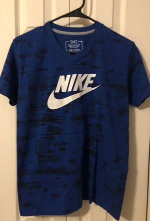 Assorted Nike youth shits size Medium/Large for Sale in Alafaya, FL