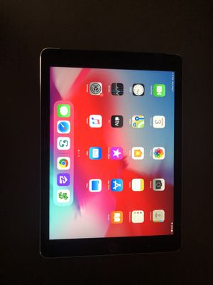 iPad Air 2, 32GB, Cellular Data, Good condition, no iCloud Lock for Sale in Santa Monica, CA