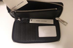 Marc Jacobs Black Wallet - New!! for Sale in Pico Rivera, CA