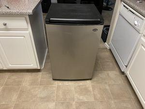 mini refrigerator for Sale in Chandler, AZ